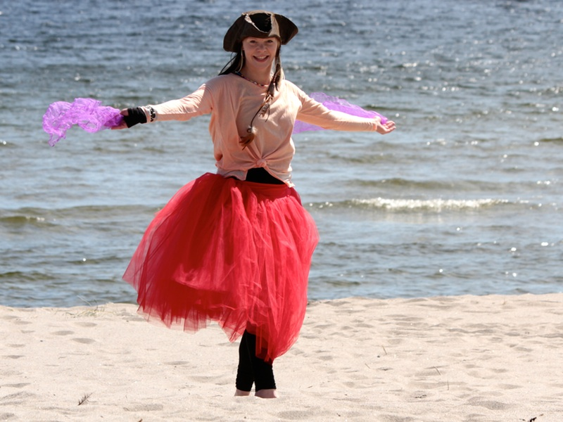 Dans i sanden med Piratsessan