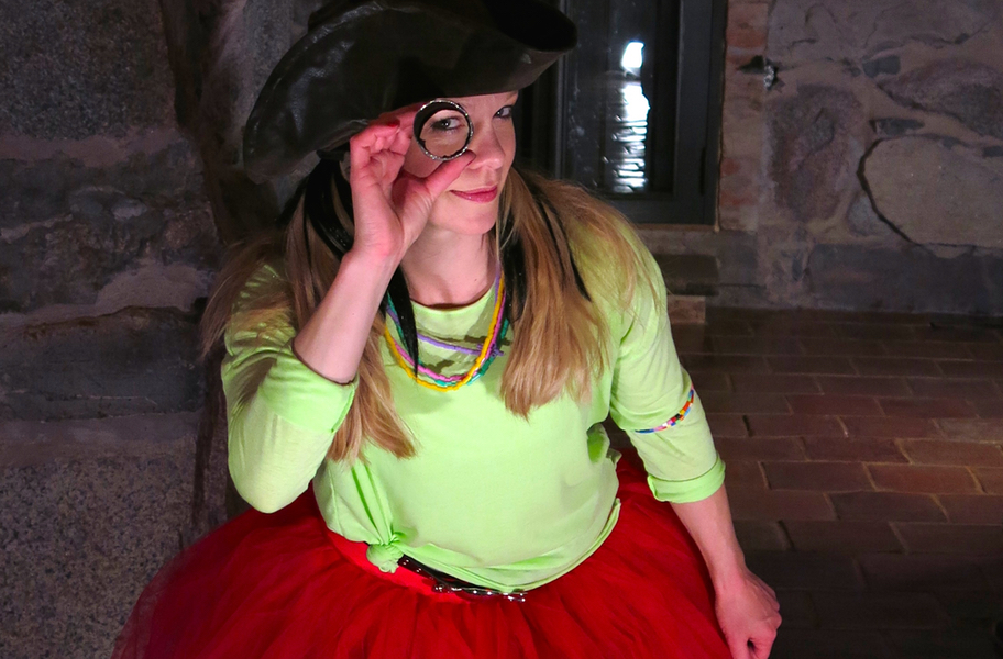 Piratsessans barndans i Pappa Pirats fängelsehåla